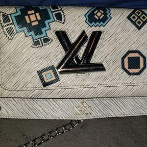 Louis Vuitton Bag. AUTHENTIC